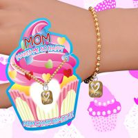 Mom Makes Me Happy Charm Bracelet - Mom Gifts - Santa Shop Gifts